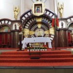 Ołtarz w kościele Mac. N M P