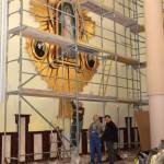 Malowanie prezbiterium i budowa ołtarza ołtarz z relikwiami św. Faustyny Kowalskiej i bł. ks. Michała Sopoćki.